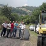 Започна асфалтирането на пътя Комунига – Женда – Безводно